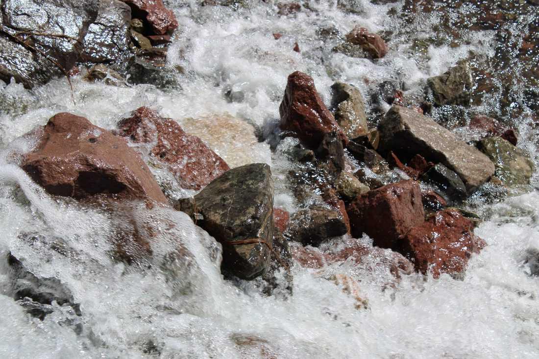 Rio Grande spilling over rocks in T or C