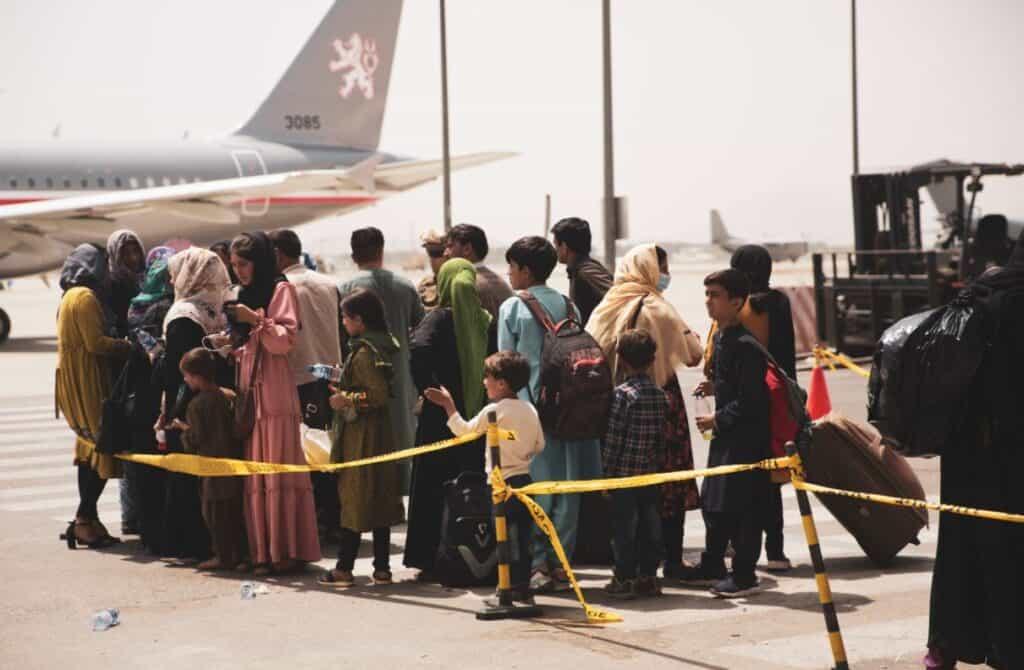 Afghan citizens boarding plane